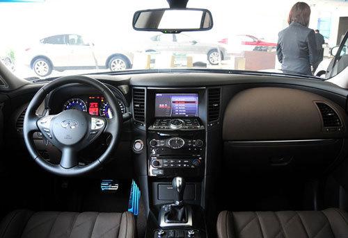 2010款英菲尼迪fx35在沿袭了09款fx动感高清图片