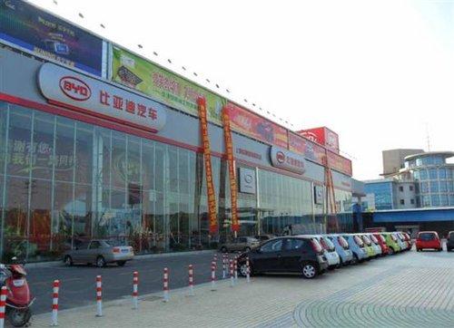 4s旗舰店地址:上海市闵行区纪翟路1408号 直营店地址:上海市闵行区七