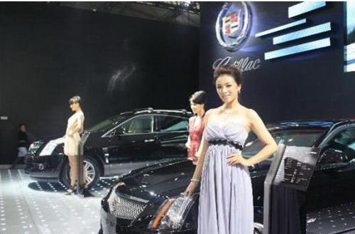成都国际车展凯迪拉克销量过百 srx备受追捧