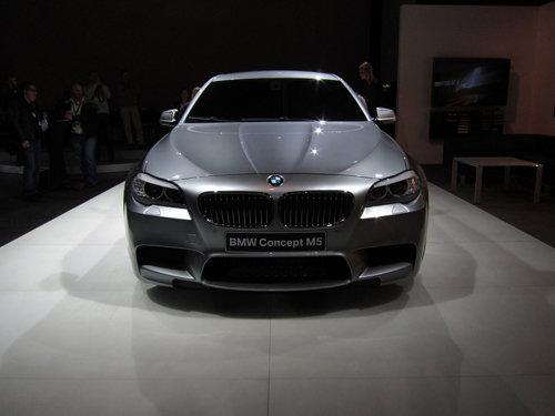 新款宝马M5概念车-宝马M5概念车 装启停系统降低能耗排放