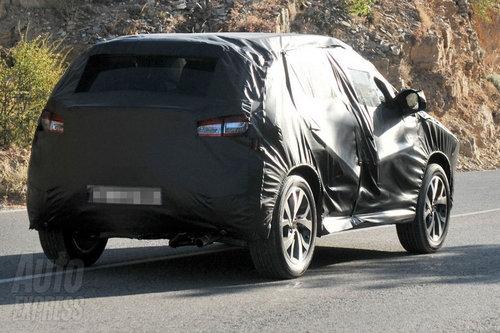 标致紧凑级SUV新谍照 与三菱劲炫同底盘高清图片