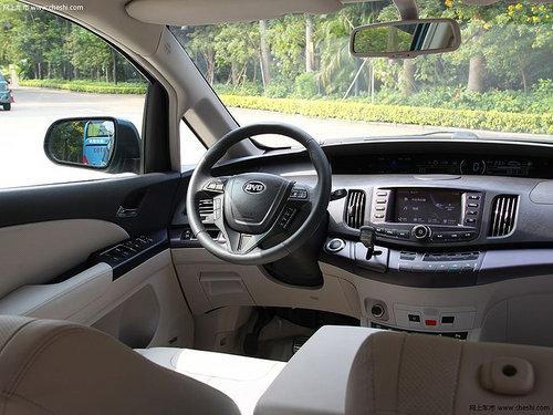 戴姆勒-比亚迪新概念车 亮相2012北京车展 -5