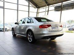 奥迪A4L现车销售 最高可优惠4万元