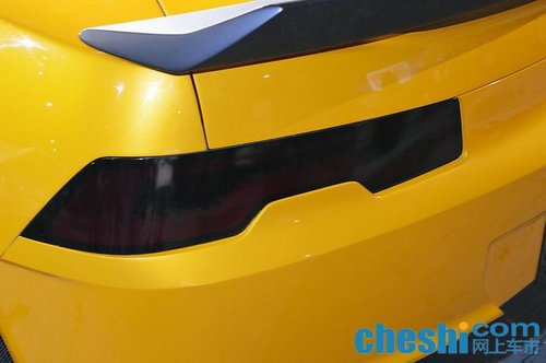 大黄蜂领衔变形金刚4汽车角色亮相sema 高清图片
