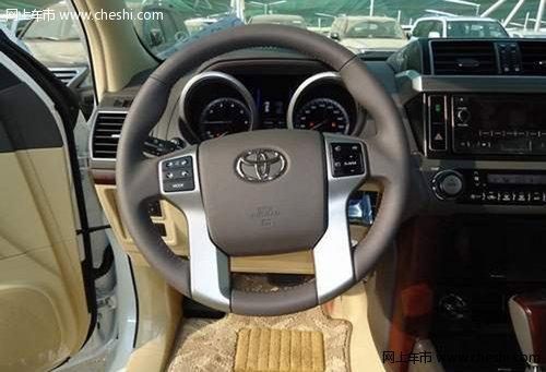 2014款丰田霸道2700现车  不计成本销售