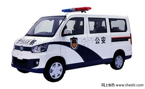 夜巡车队新标兵 佳宝V80服役长春市公安局警队