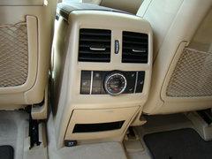 最新款奔驰GL550 黑车米内饰带后排娱乐