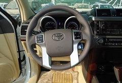 2014款丰田霸道2700  现车最低报价狂促