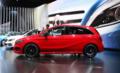 全新梅赛德斯-奔驰B级车:更舒适 更安全 更生活
