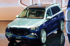 奔驰最顶级的SUV来了!迈巴赫GLS上市 158.8万元起售