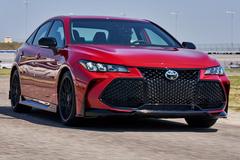丰田将推亚洲龙新车型!搭V6引擎/外观黑化涂装