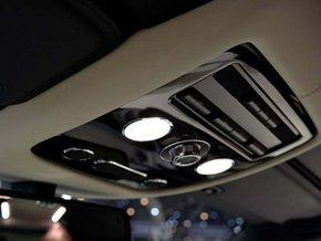 16款宾利飞驰V8 发动机原厂配置最低报价