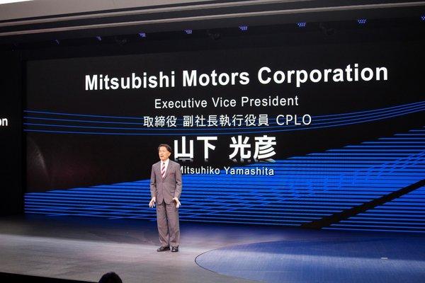东京车展火热开幕,三菱汽车发布全球品牌战略及新款纯电动概念SUV——e-Evolution-图2