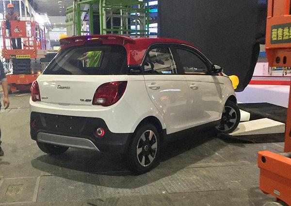 2017广州车展探馆:东南全新电动车电咖·EV10亮相-图3