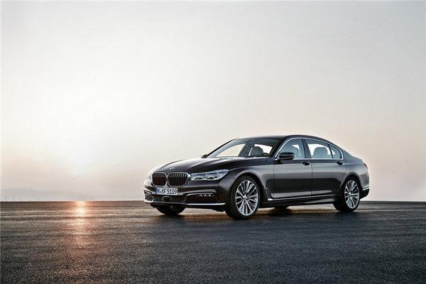BMW智能互联覆盖更多BMW汽车摩托车-图1