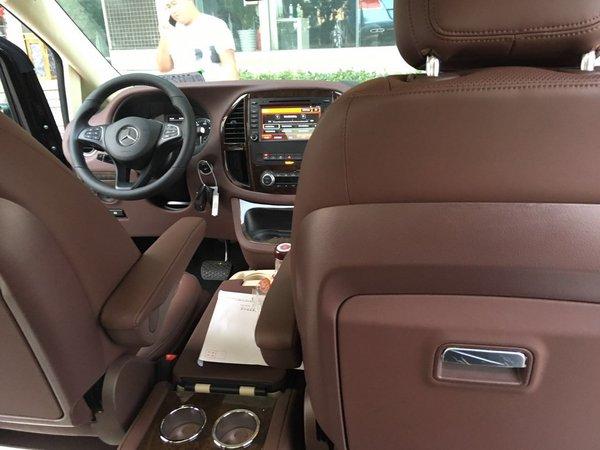 奔驰麦特斯商务首席 2.0T汽油版七座现车-图4
