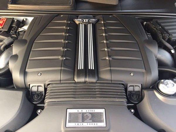 17款宾利添越W12配置 全时四驱对比刺绣-图9