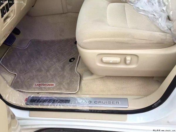 16款高丰田酷路泽配4600 天窗八气囊价格-图9