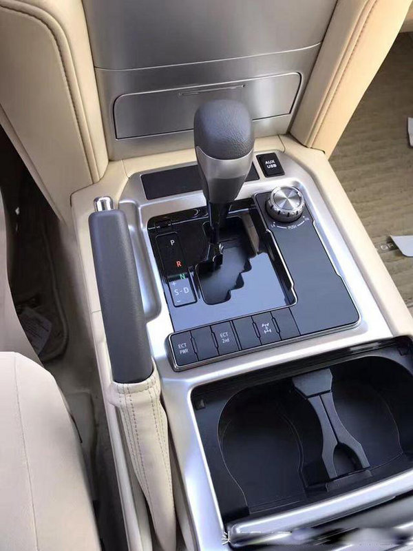 17款丰田酷路泽4000 安全保障V6上路有面-图5