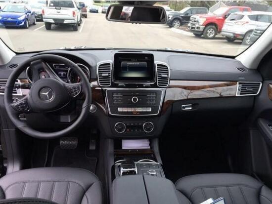 17款奔驰GLS450价格 奔驰裸车低价最强音-图6