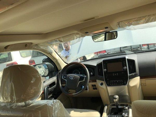 丰田酷路泽4000全时四驱 外挂顶配带绞盘-图7