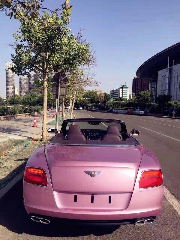 浪漫系宾利GTC敞篷超跑 限量粉色超耀眼-图3