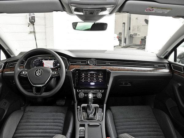 舒适与操控可以兼得 第八代凯美瑞对比新迈腾-图8