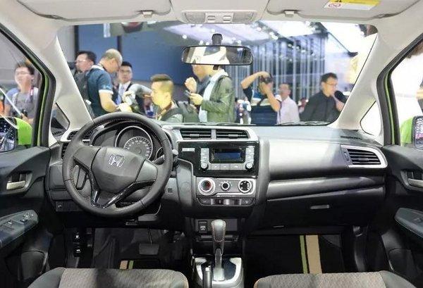 喜欢驾驶的请看过来 广州车展必看十大运动车型-图4