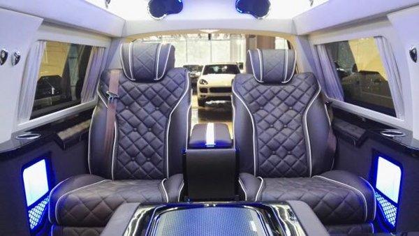 进口林肯外交官商务高性能SUV 详细配置-图6