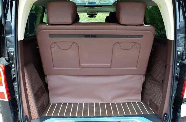 17款升级版奔驰Metris 进口商务配置详解-图8
