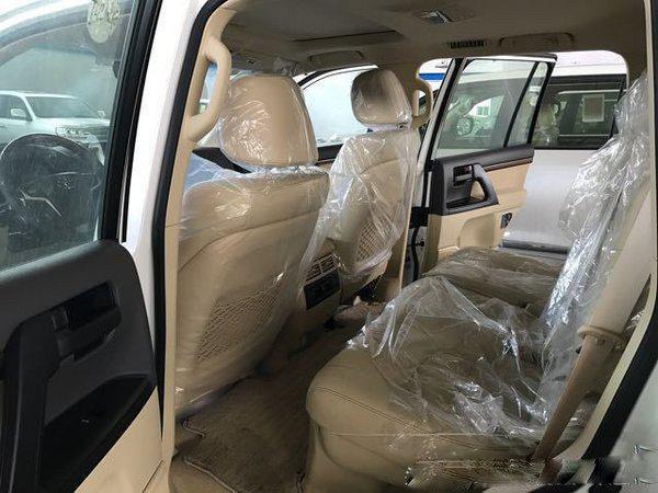 17款丰田酷路泽4000 安全保障V6上路有面-图6