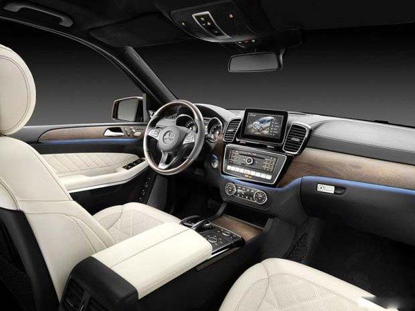 奔驰GLS400平行进口 越野潮款97万低价售-图5