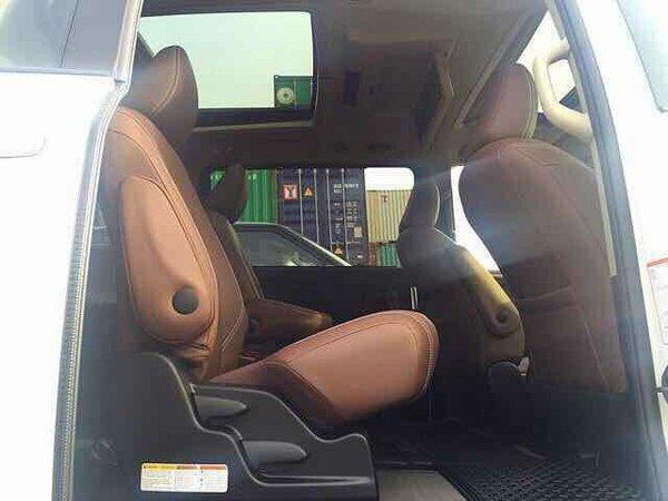 17款丰田塞纳四驱 大空间舒适居家风设计-图8