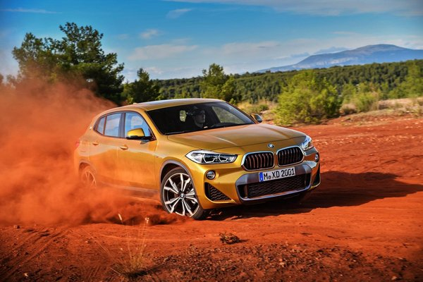 BMW X家族迎来新成员 全新BMW X2亮相-图2
