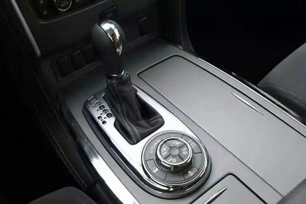 18款日产途乐4.0 新车价格50万优惠降临-图7