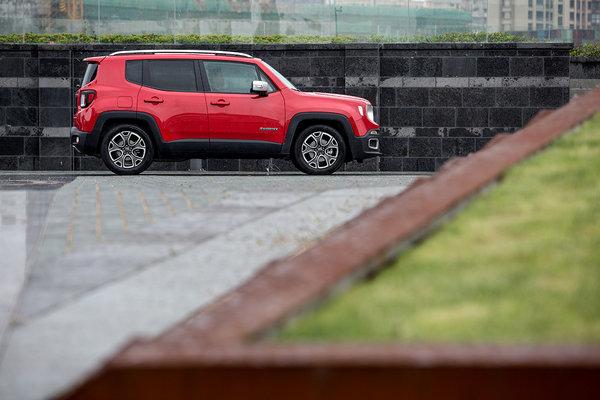 专业级SUV全新Jeep自由俠福州地区上市-图7