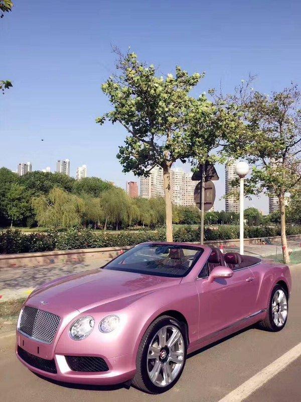 宾利GTC敞篷超跑 全球限量版粉色更浪漫-图2