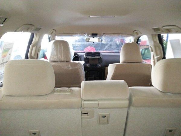 17款丰田霸道4000高配无窗 2气囊新配置-图8