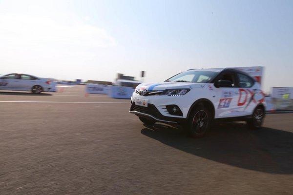 东南DX3 SRG称霸中国量产车性能大赛-图4