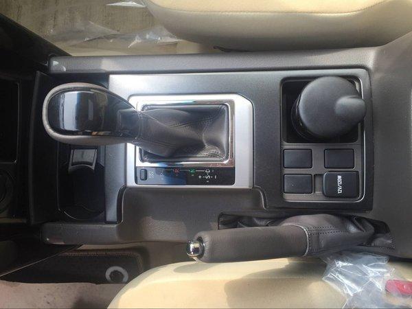 2017款丰田霸道2700 越野大冒险非他莫属-图6