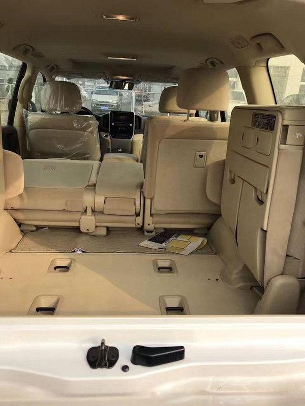 17款丰田酷路泽4000 安全保障V6上路有面-图7