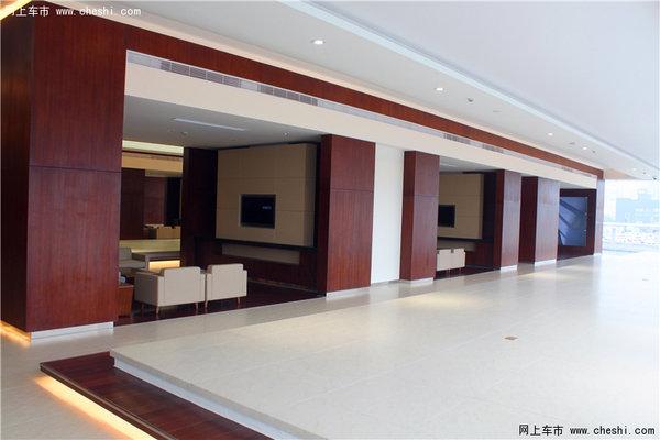 豪华服务体验 参观杭城首家林肯4s店