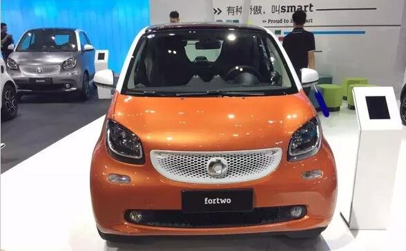 奔驰smart新声特别版车展上市 14.59万元-图2