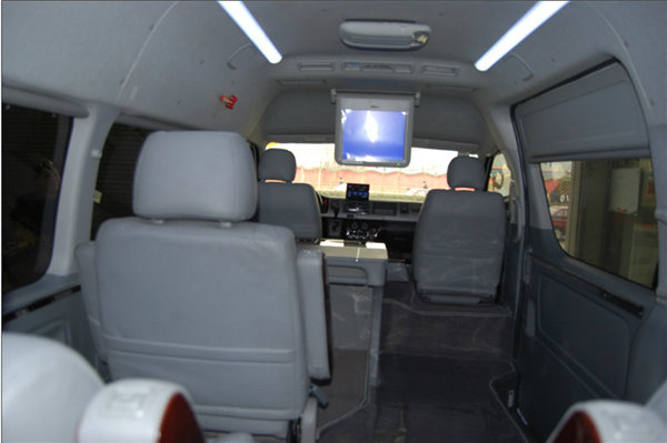 16款进口丰田海狮行情 更多座椅更多选择-图11