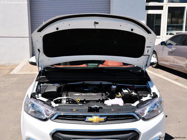 雪佛兰新爱唯欧最高优惠0.8万 现车销售-图3