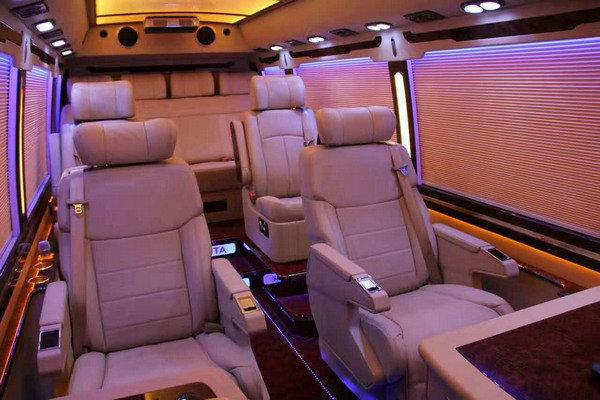 丰田考斯特 高端商务车销售改装案例解析-图16