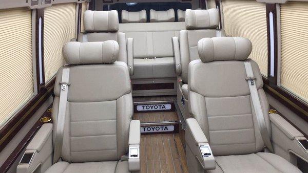 2017款丰田考斯特 豪华商务车改装更实惠-图8