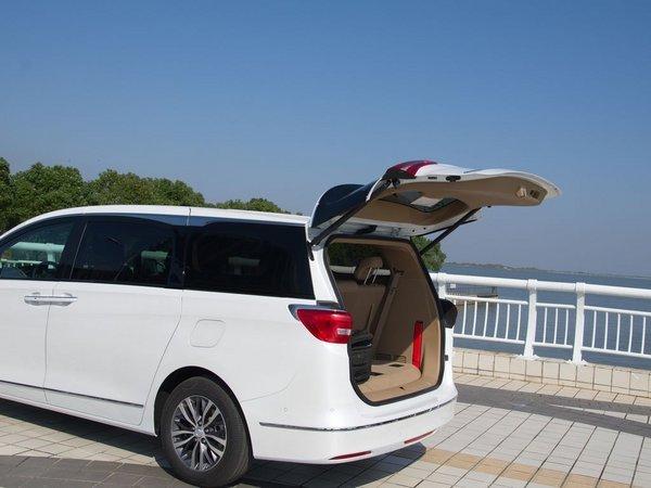 2017款别克gl8五一特价 2.0T豪华商务车-图8