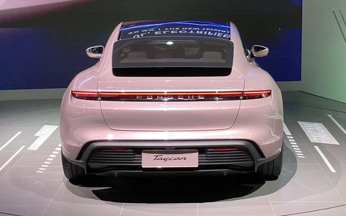 2020成都车展不容错过的3款豪华纯电新车-图4