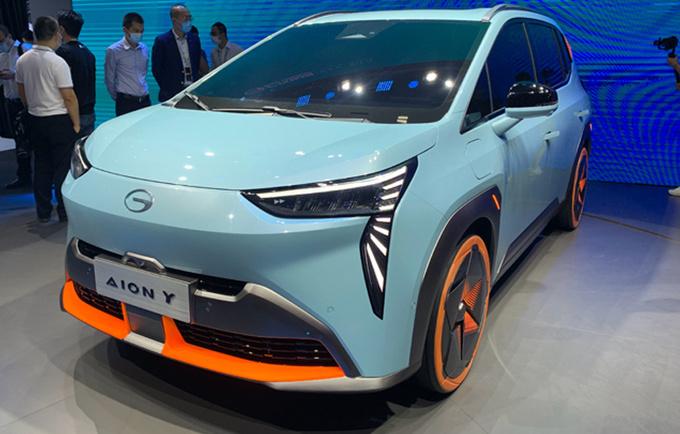 广汽埃安小号Aion V将于4月上市预计15万起售-图3